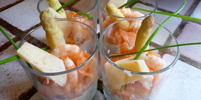 Verrines d'asperges au saumon fumé