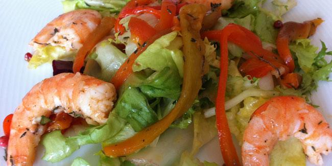 Salade verte composée crevettes
