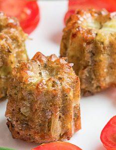 Bouchées de brocoli très bien roulées. Découvrez des recettes et idées culinaire pour des moments de fête et de partage entre amis lors d'un l'apéro.