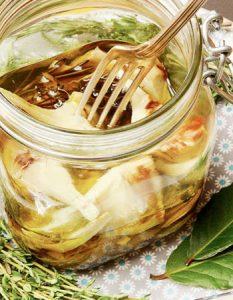 artichaut grillé. Des recettes de conserves pour les légumes et fruits de votre potager et de votre verger : lacto-fermentation, stérilisation, sel, sucre, huile, vinaigre