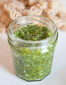 pesto fane rafis Des recettes de conserves pour les légumes et fruits de votre potager et de votre verger : lacto-fermentation, stérilisation, sel, sucre, huile, vinaigre