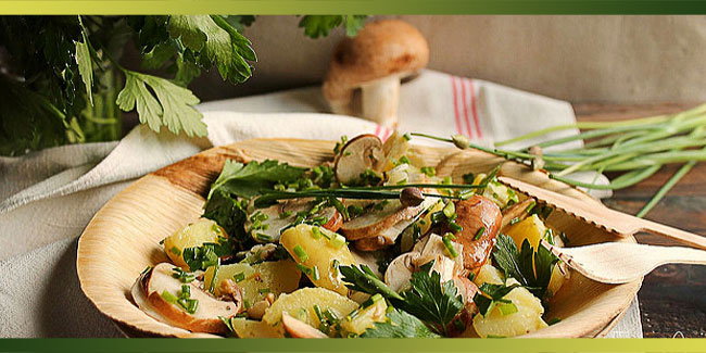 Salade de pommes de terre primeurs, champignons et herbes