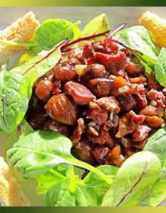 Salade aux gésiers de canard confits et châtaignes grillées