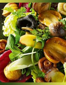 Salade aux cèpes, pommes, châtaignes